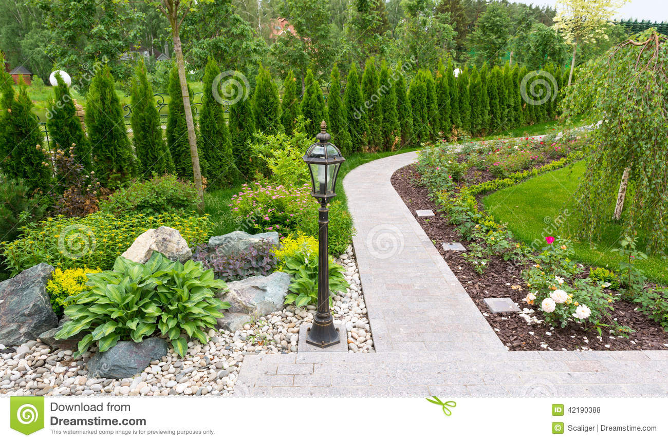 Home En Garden Natural Landscaping In Home Garden Stock Photo Image