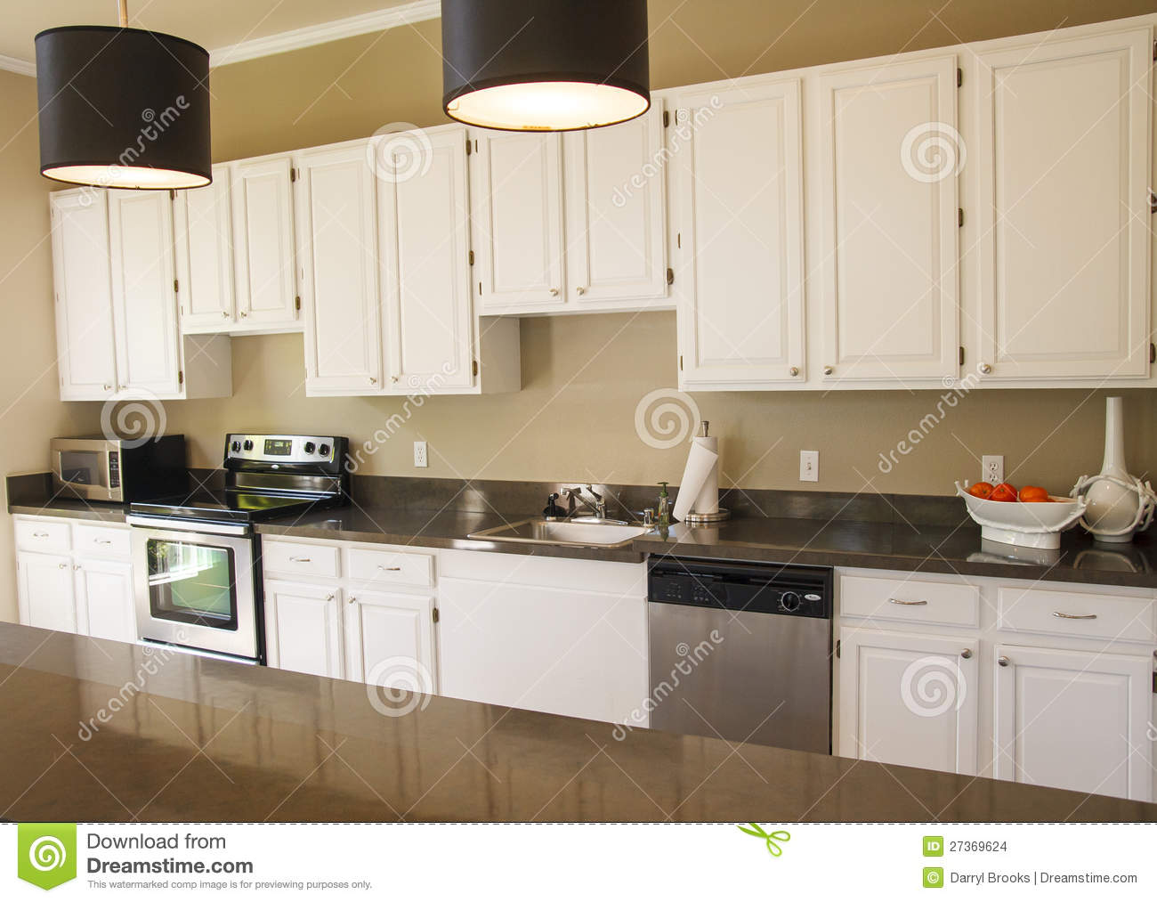 Nice Kitchen Cabinets Nice Kitchen With White Cabinets Stock Images Image