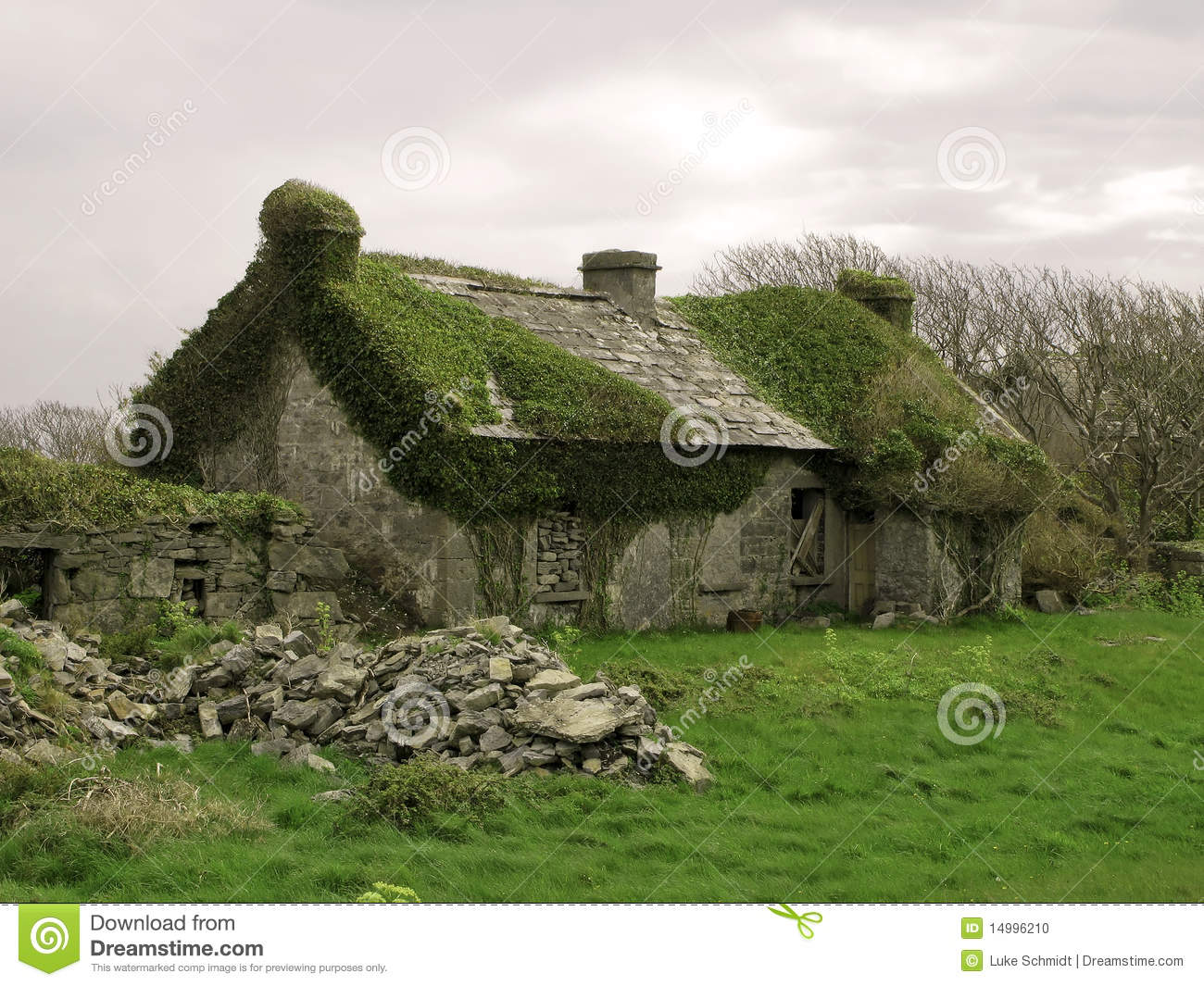 Irish Stone Houses Old Abandoned Stone House Stock Photo Image Of Innis