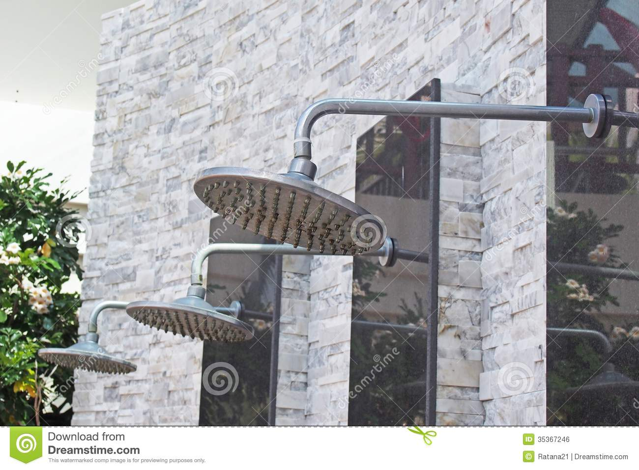 Douches Zwembad Outdoor Shower Stock Photo Image Of Wall Close Valve