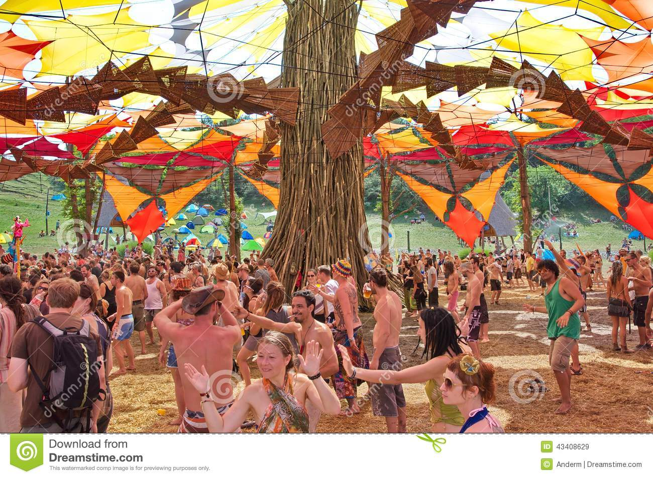 Ozora Festival People Dancing On Ozora Festival Editorial Stock Image