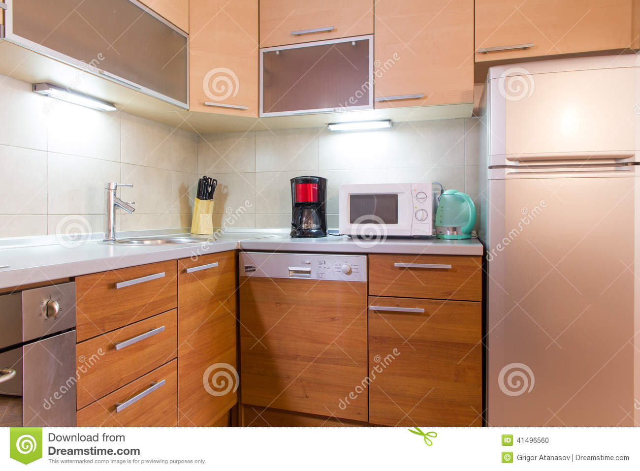 Petite Cuisine Moderne Photo Stock Small Modern Kitchen Image 41496560