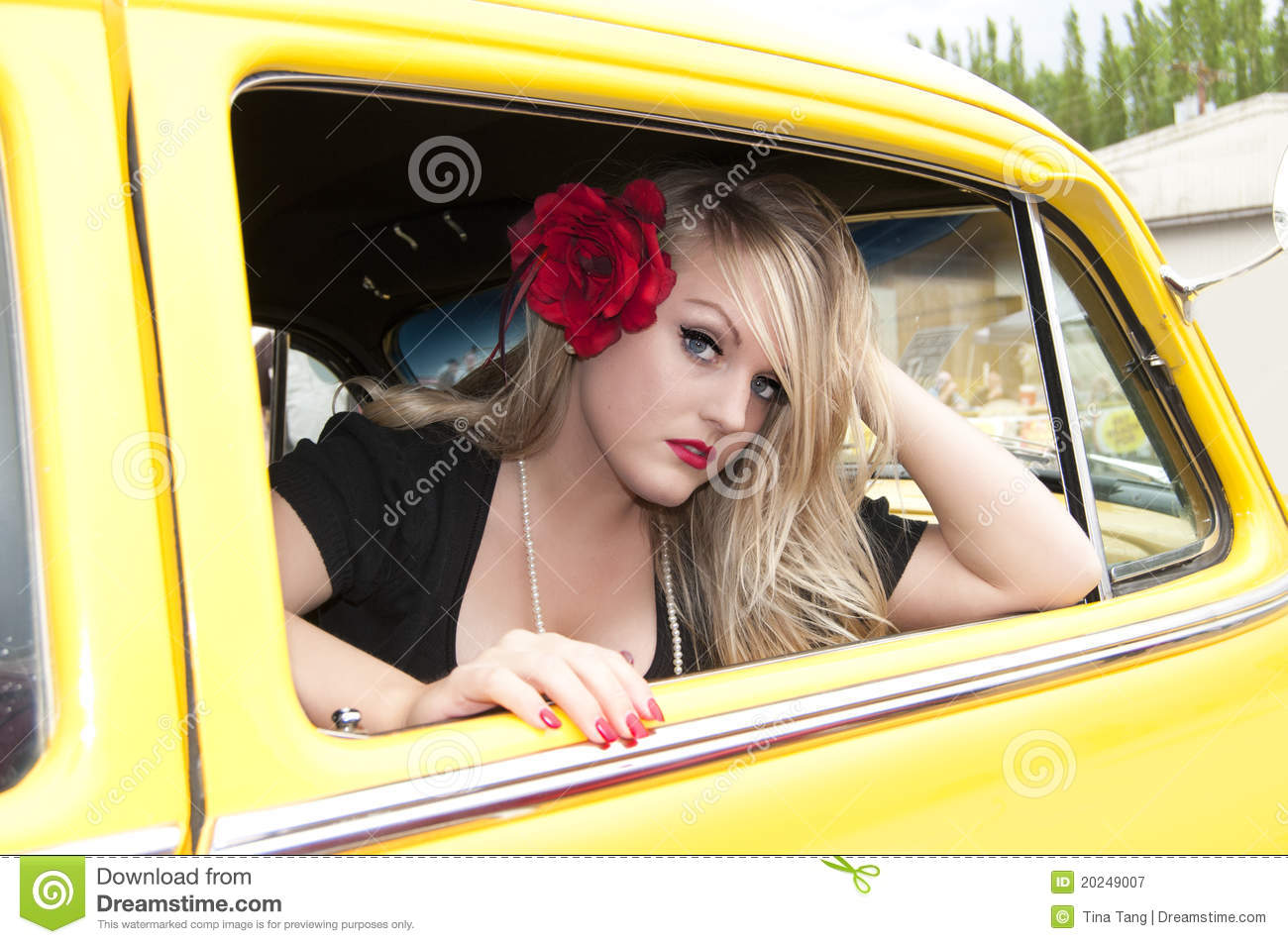 Girls And Trucks Wallpaper Pin Up Girl And Classic Car Royalty Free Stock Photography