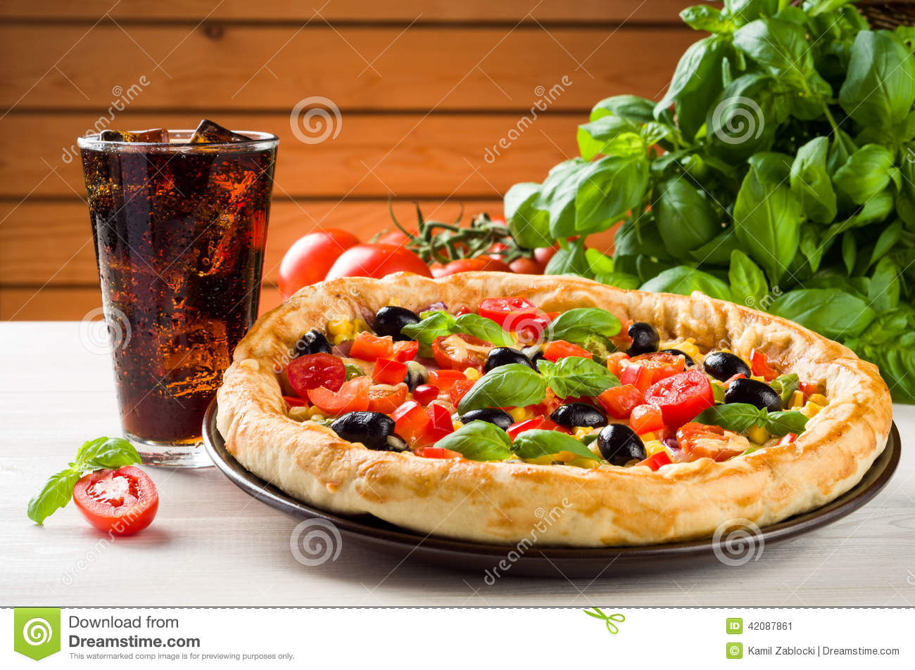 Glass Wallpaper Hd Pizza And Coke Stock Image Image Of Brown Dough