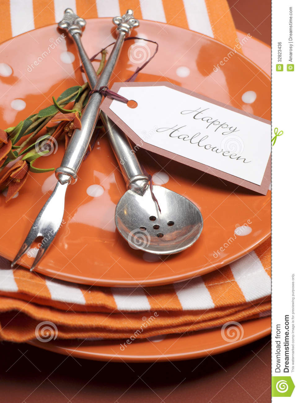 Serviette De Table Halloween Plats Oranges Heureux De Point Et De Rayures De Polka De