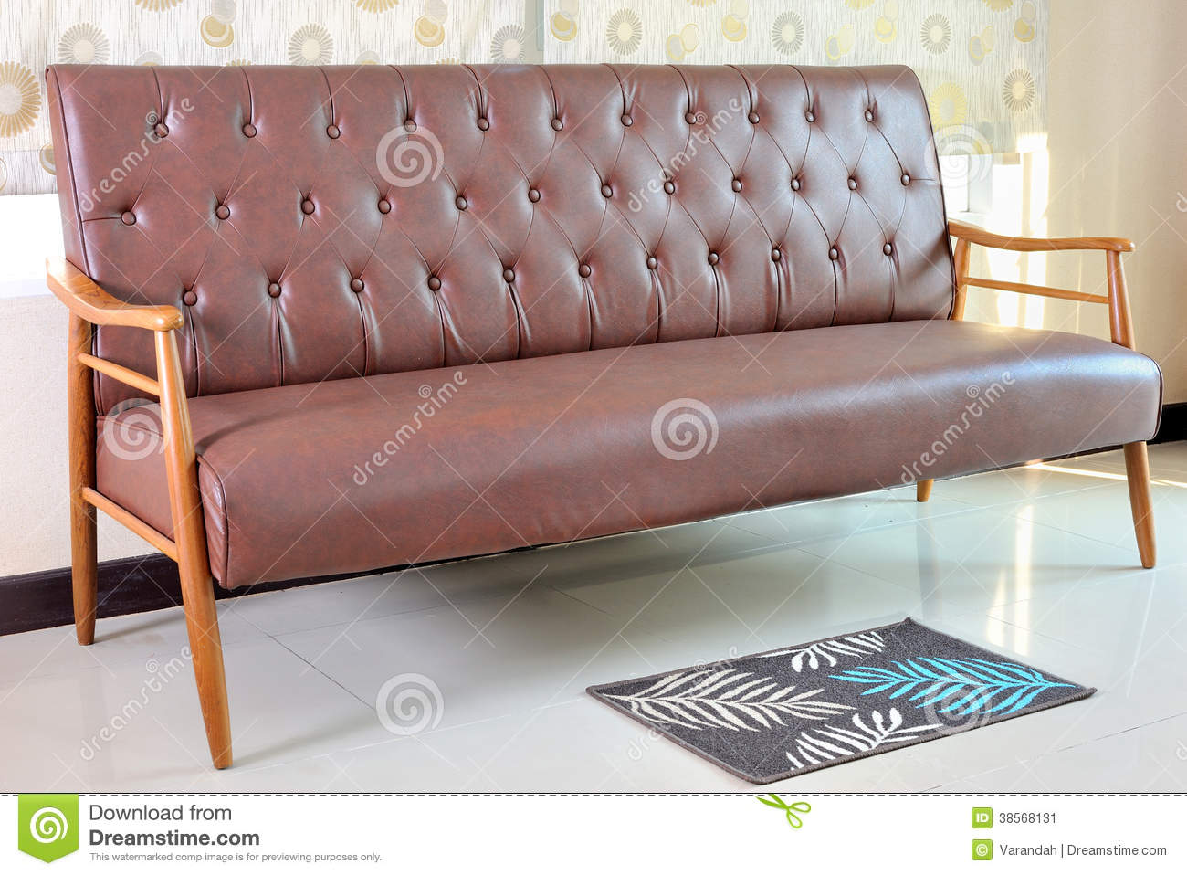 Retro Sofa Leather Retro Leather Sofa In Room Stock Image Image Of Room 38568131