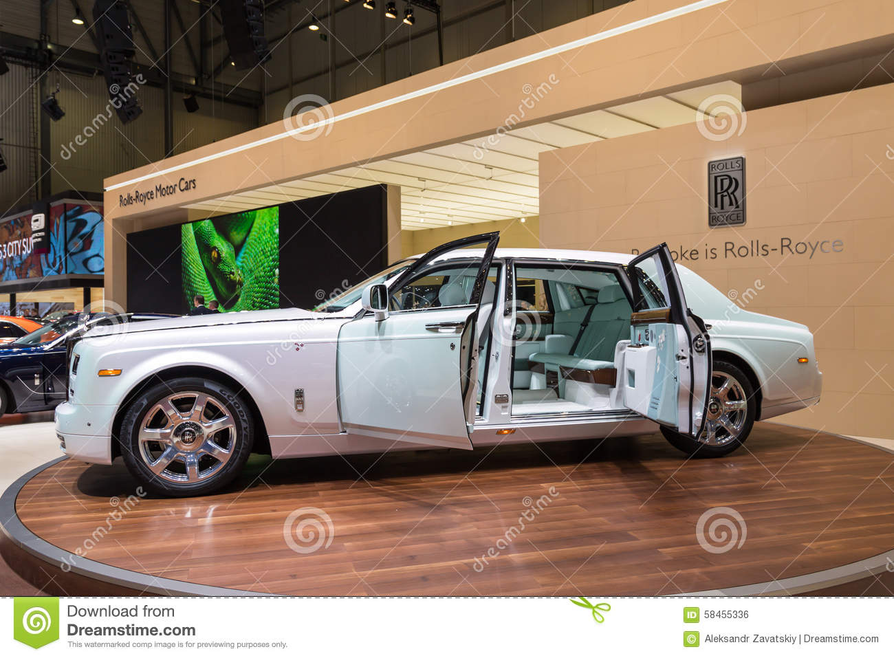 Phantom Serenity 2015 Rolls Royce Phantom Serenity Editorial Photo Image Of Model