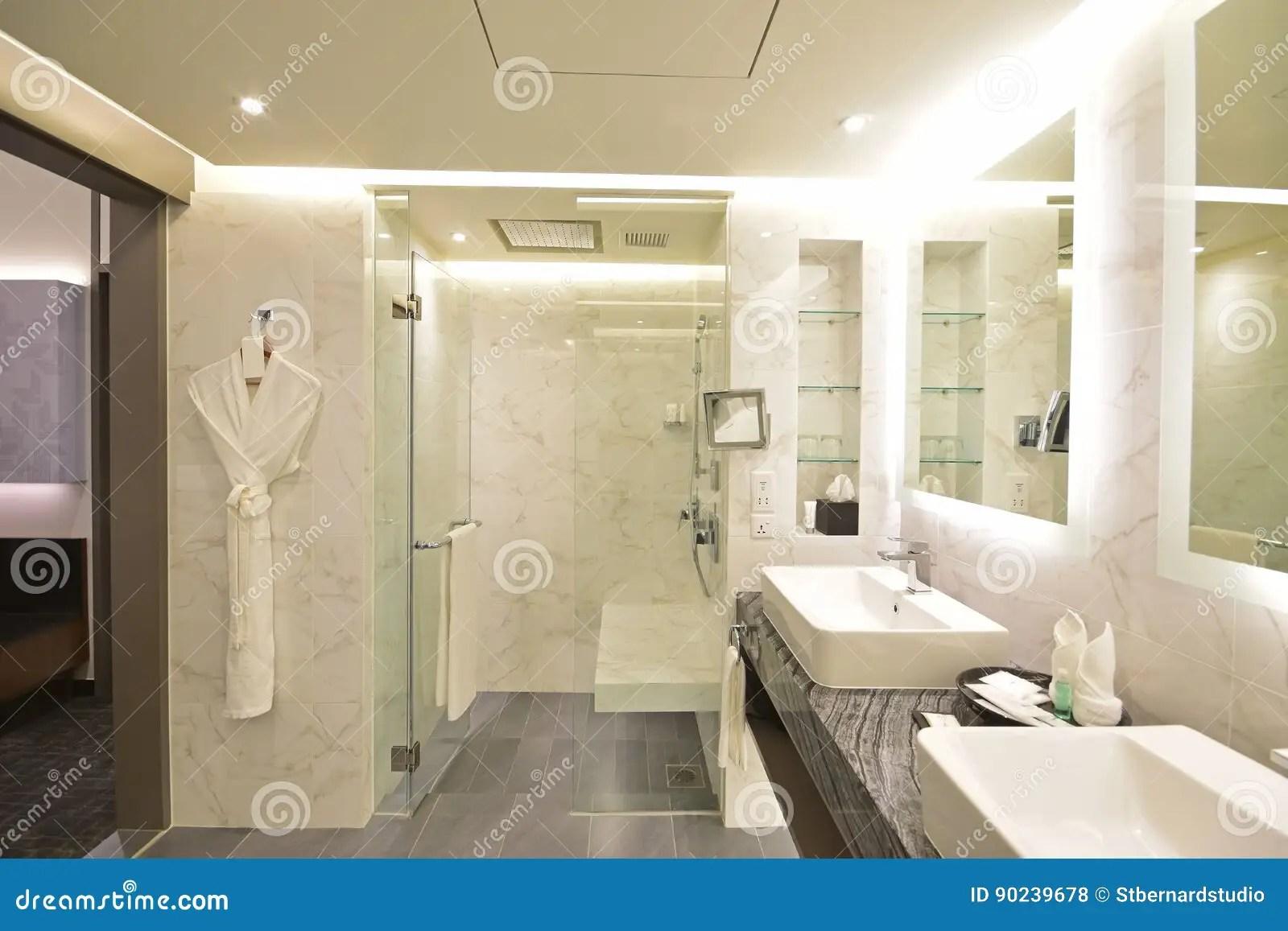 Salle De Bain Hotel Luxe | Hôtel Avec Jacuzzi Dans La Chambre Luxe ...