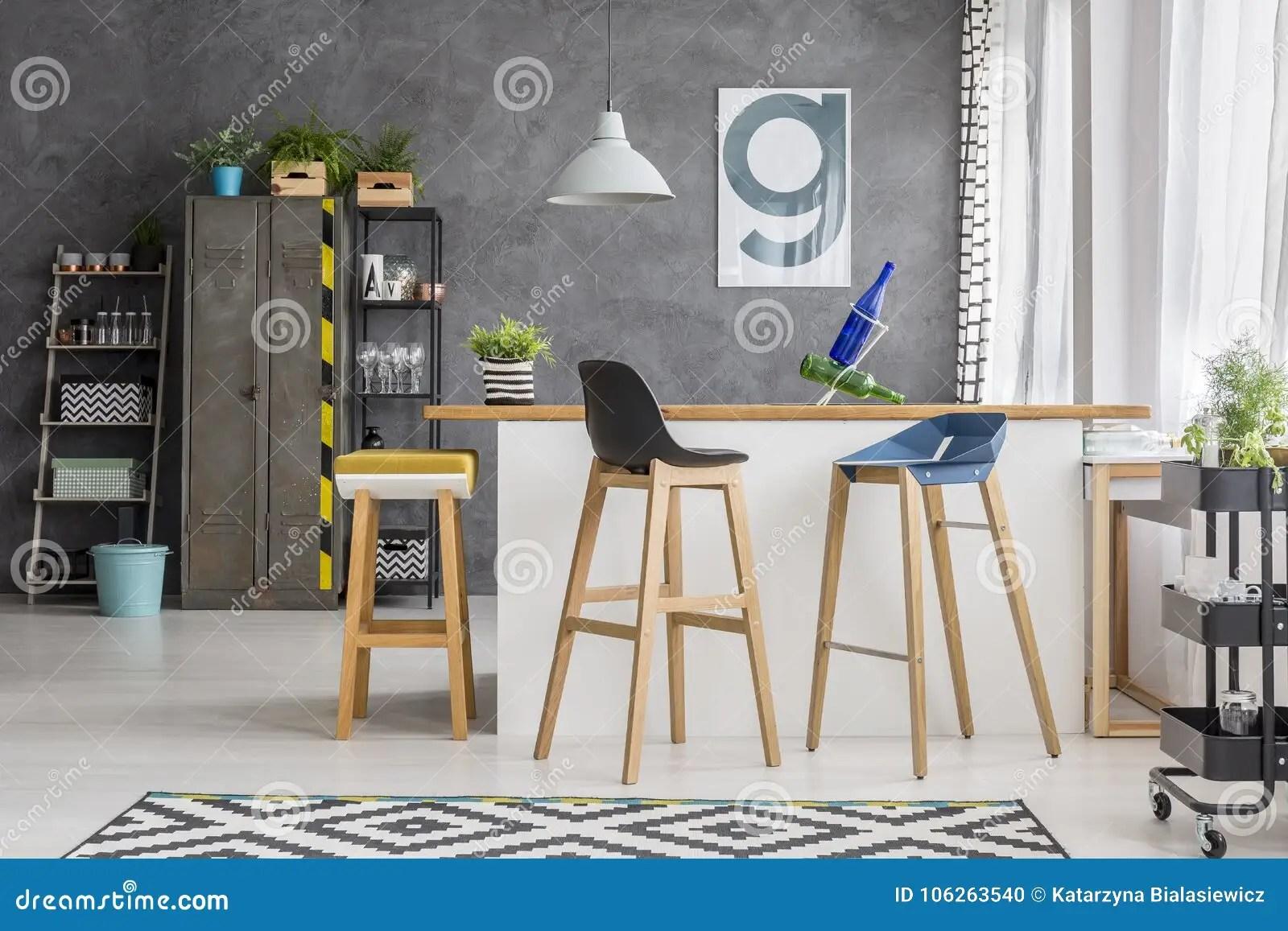 Sgabelli in legno da cucina gallery of sgabello design sound