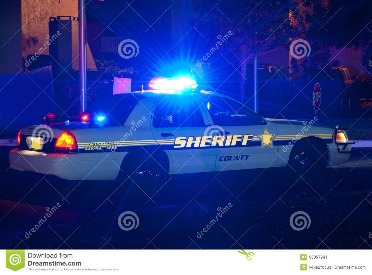 242 Car Lights Sheriff Photos Free Royalty Free Stock Photos From Dreamstime