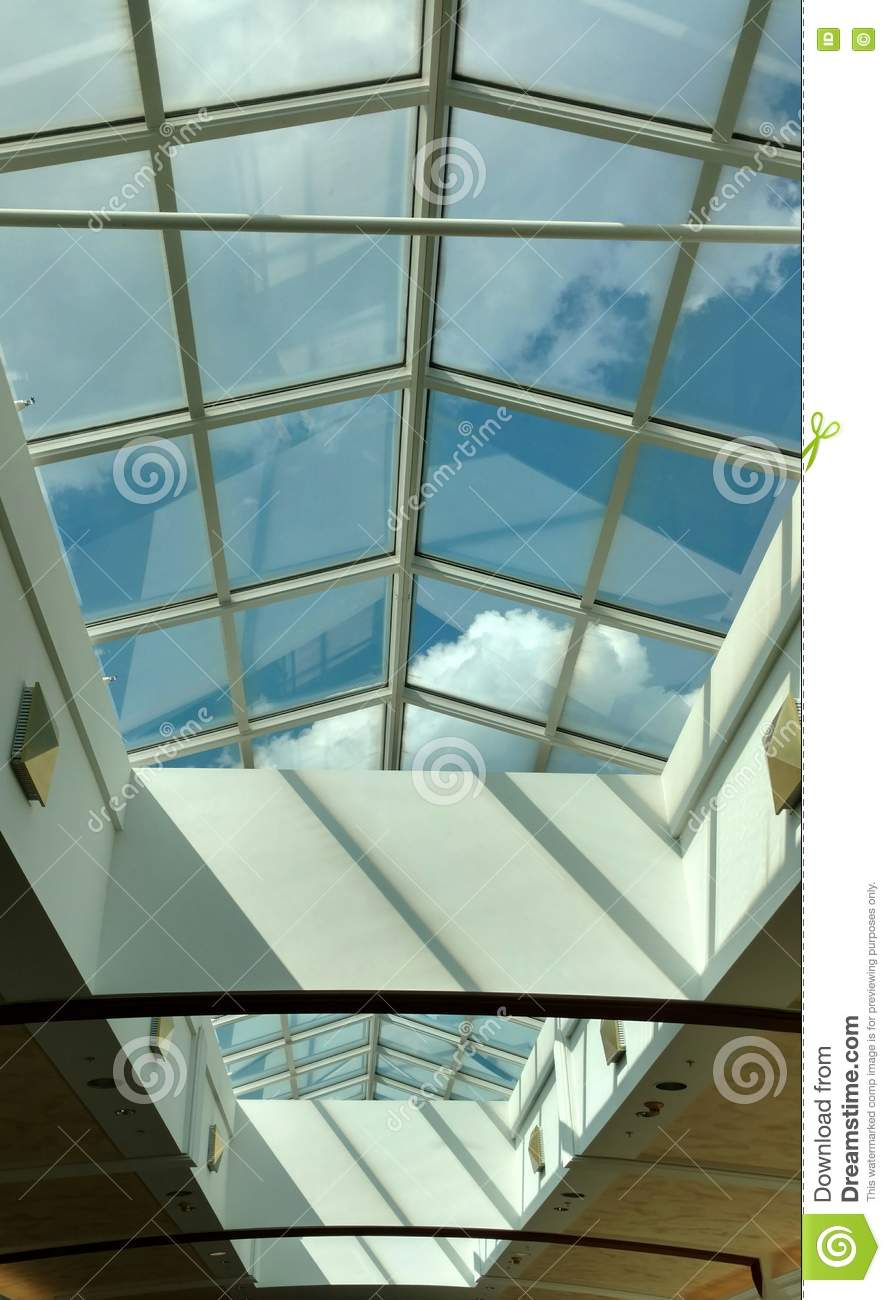 Lucernario En Ingles Skylight At The Mall Stock Image Image Of Shops Hackensack