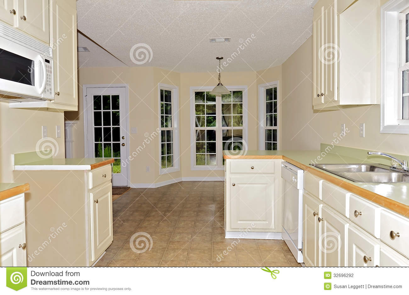 Small Kitchen Area Small Kitchen Dining Area Stock Photography Image 32696292