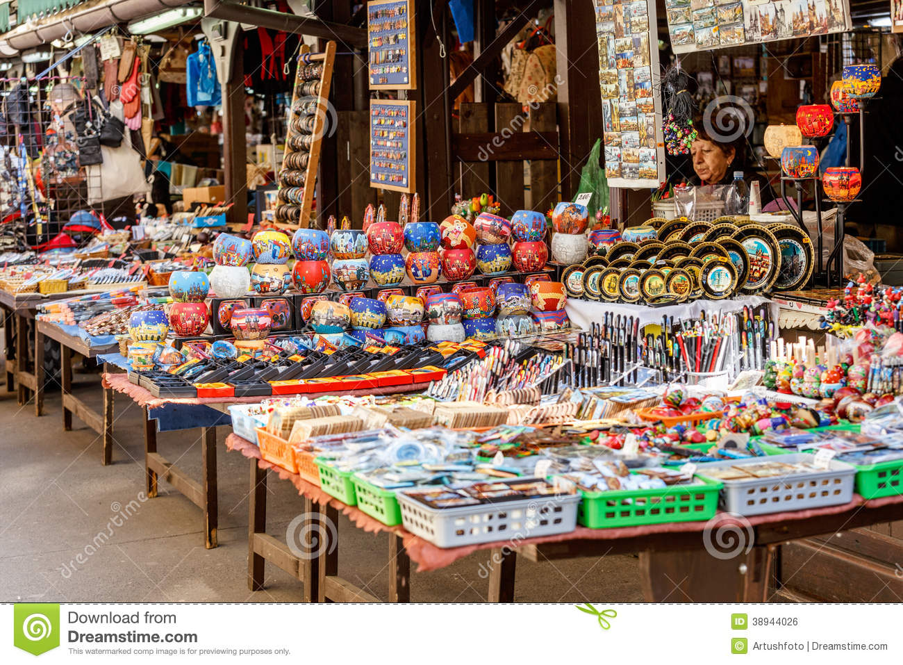 Stock Markets Open Time Souvenir Shop At Havels Market Editorial Photo Image