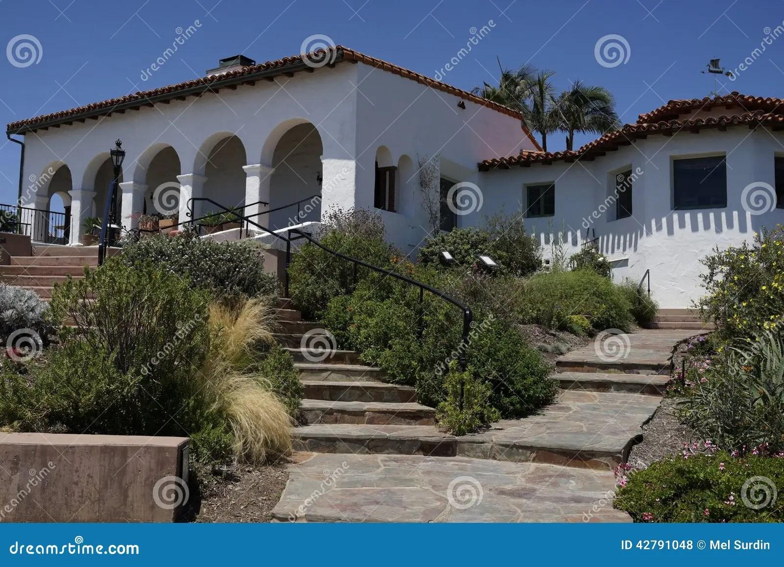 spanish bungalow style homes calabasas california luxury homes luxury spanish style hacienda marisol malibu february