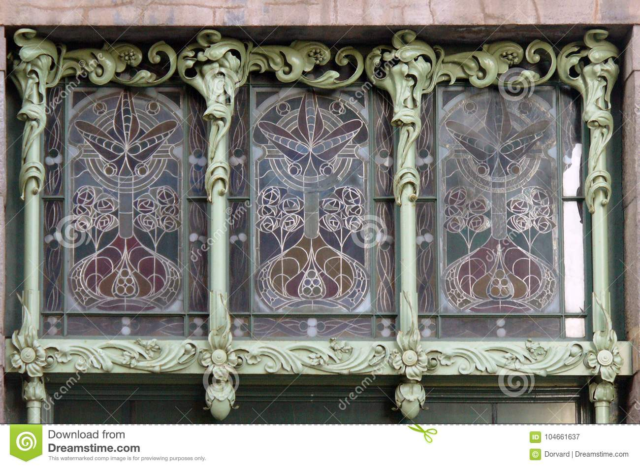 Décoration Art Nouveau Stained Glass Window In Art Nouveau Stock Image Image Of Details