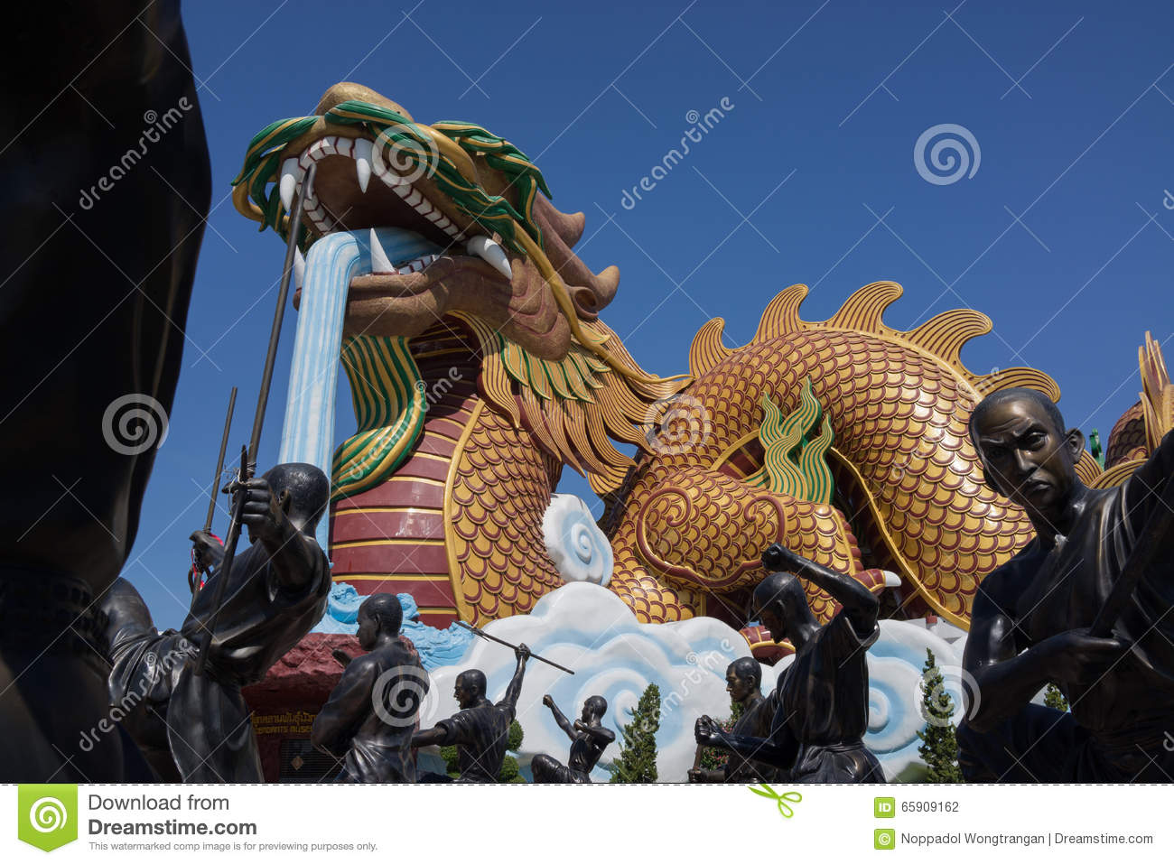 Giant Dragon Statue Statues Of Giant Chinese Dragon And Shaolin Monks In Actions