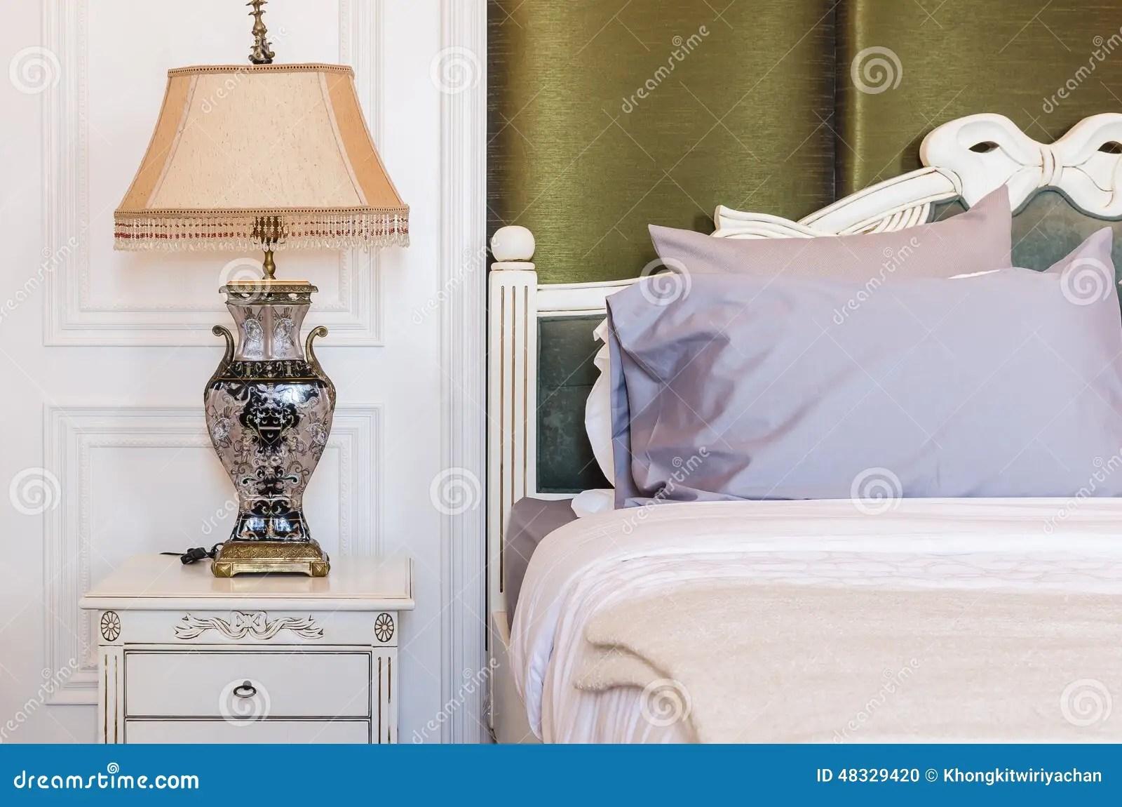 Lampadario camera da letto shabby chandeliers at posh l idee