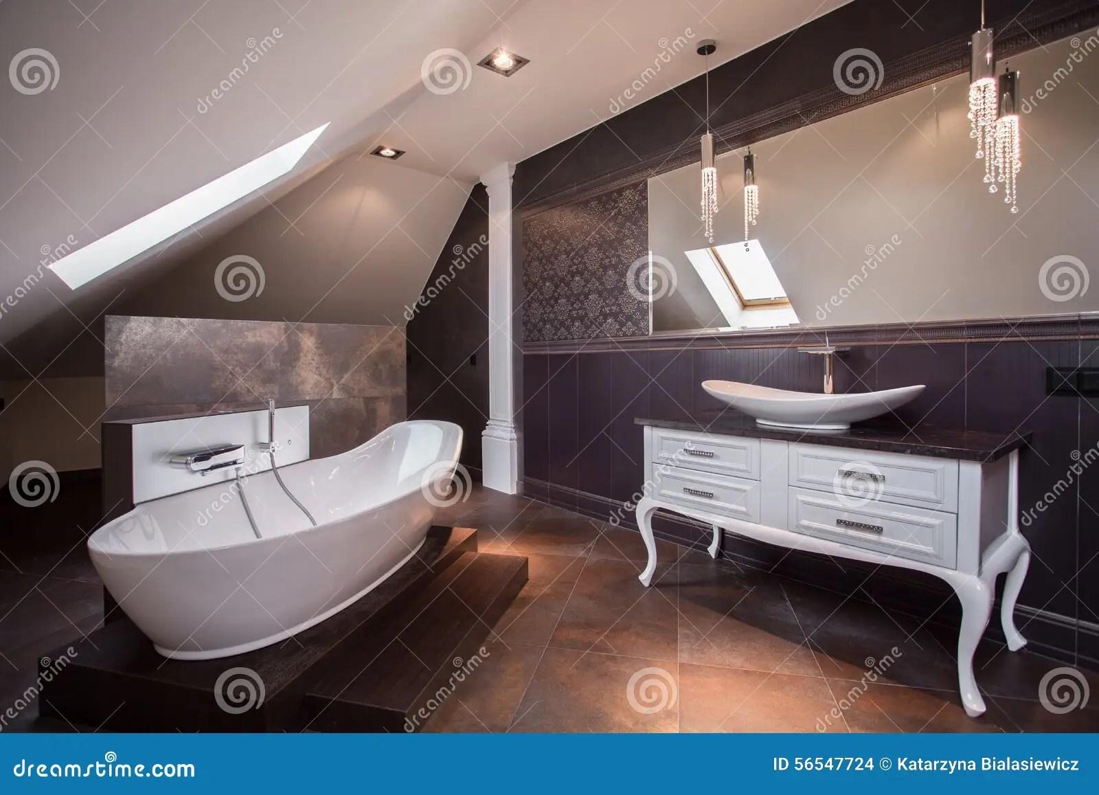 Altes Braunes Badezimmer Verschönern Mintgrün Teppich Haus Dekoration