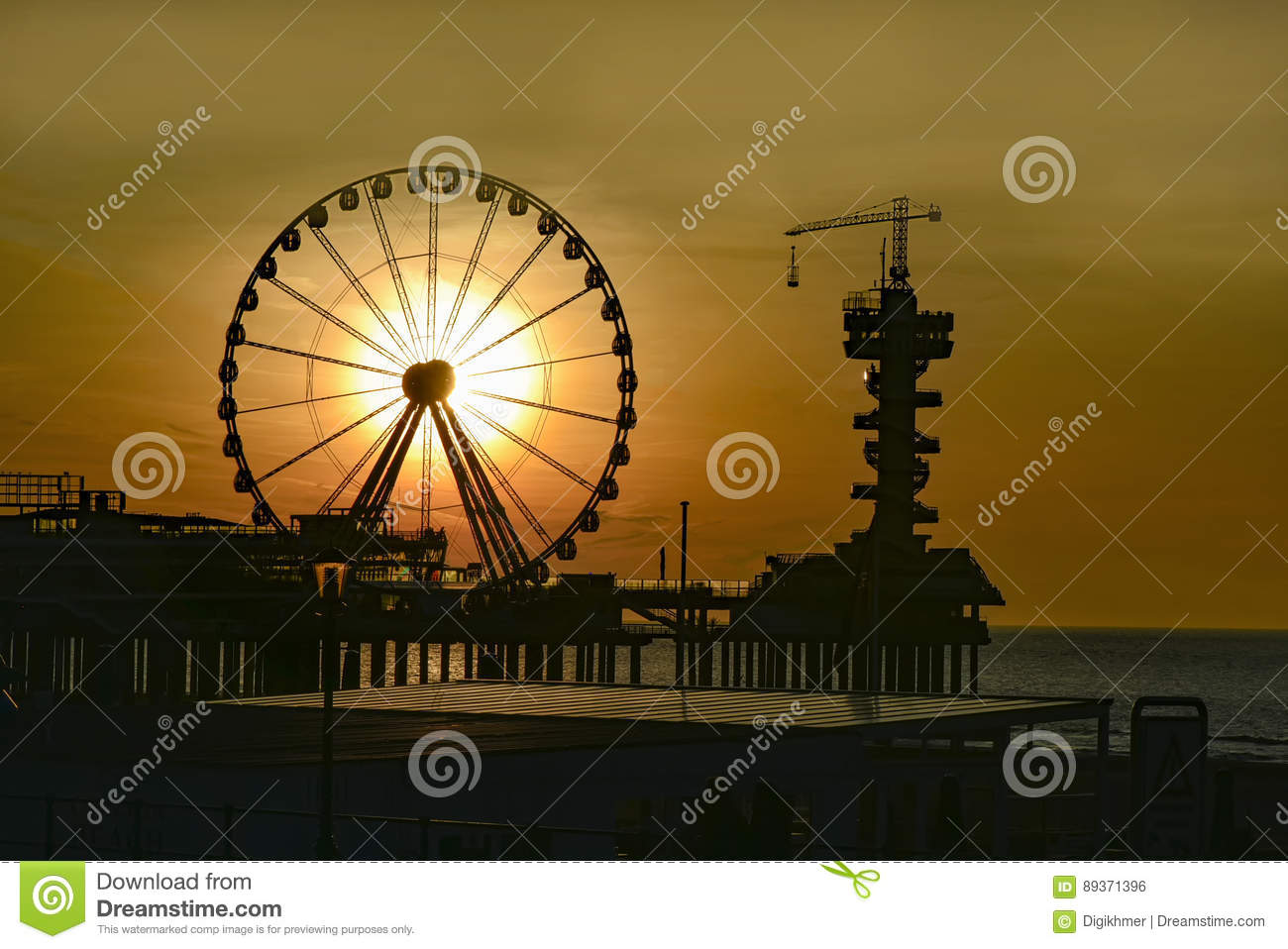 Scheveningen Beach Restaurants Sunrise At Scheveningen Stock Photo Image Of Pier Restaurants