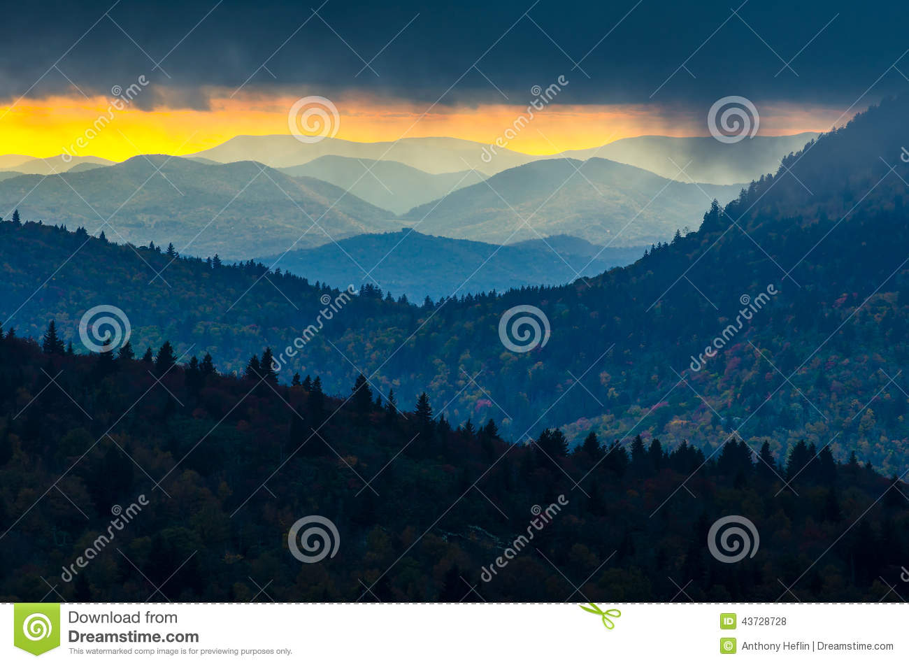 Fall Mountains In The Sun Wallpaper Sunset Black Balsam Knob Blue Ridge Parkway Stock Photo