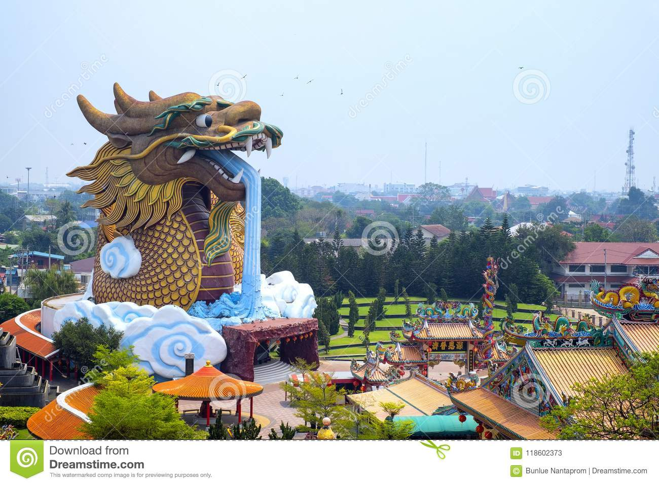 Giant Dragon Statue Suphanburi Thailand 13 March 2016 Big Dragon Statue At City P
