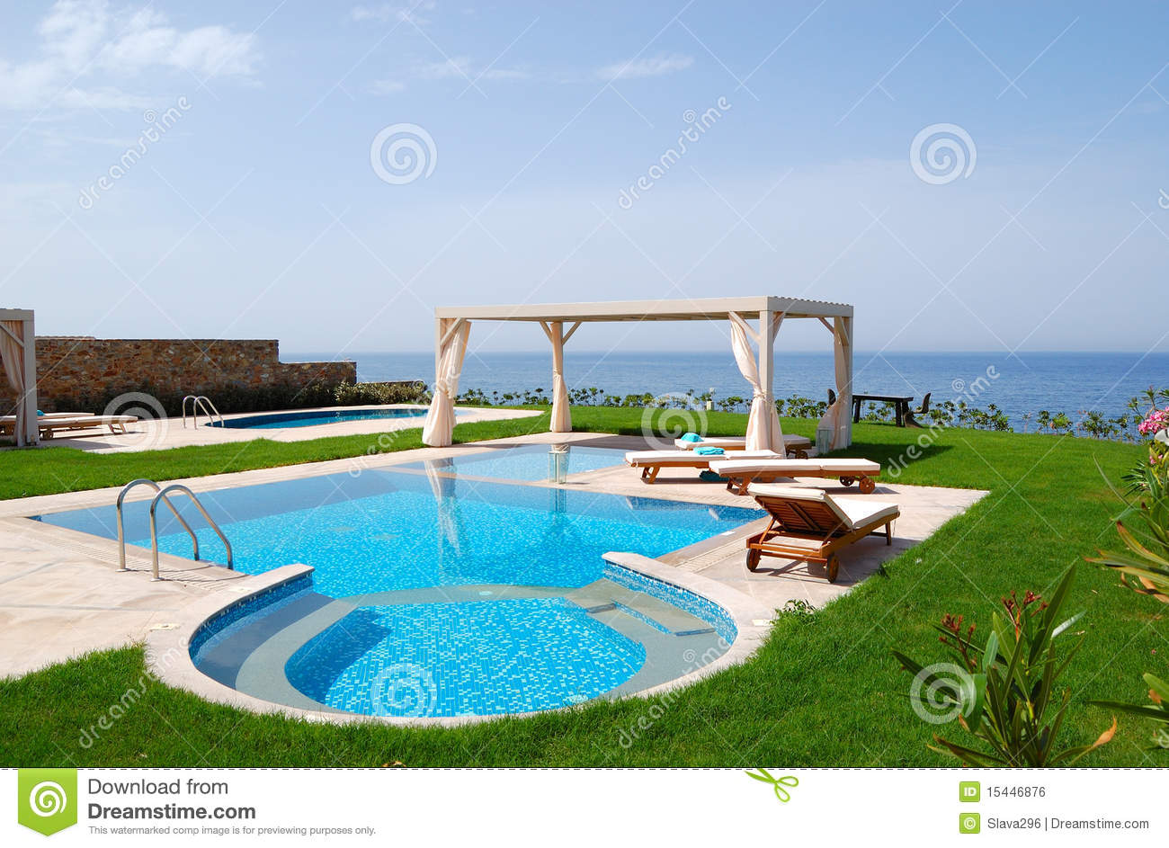 Pool And Jacuzzi Swimming Pool With Jacuzzi Royalty Free Stock Image