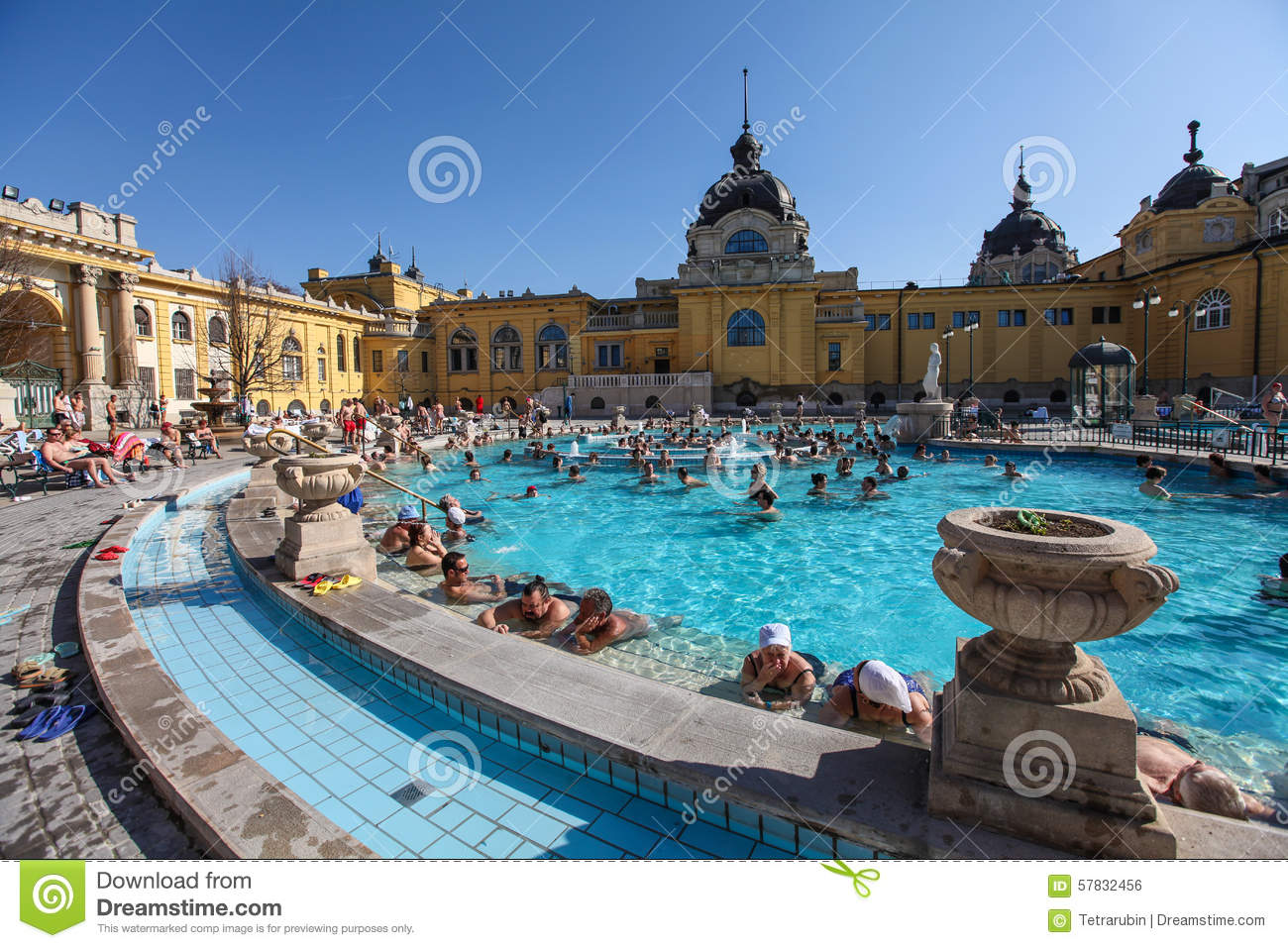 Baños Széchenyi The Szechenyi Spa Bath Therms In Budapest Editorial