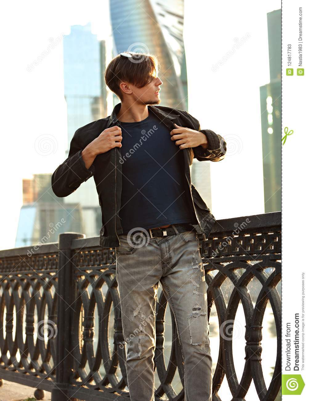 Model De Dressing Thinking Handsome Young Man Walking In Fashion Jeans And Dressing