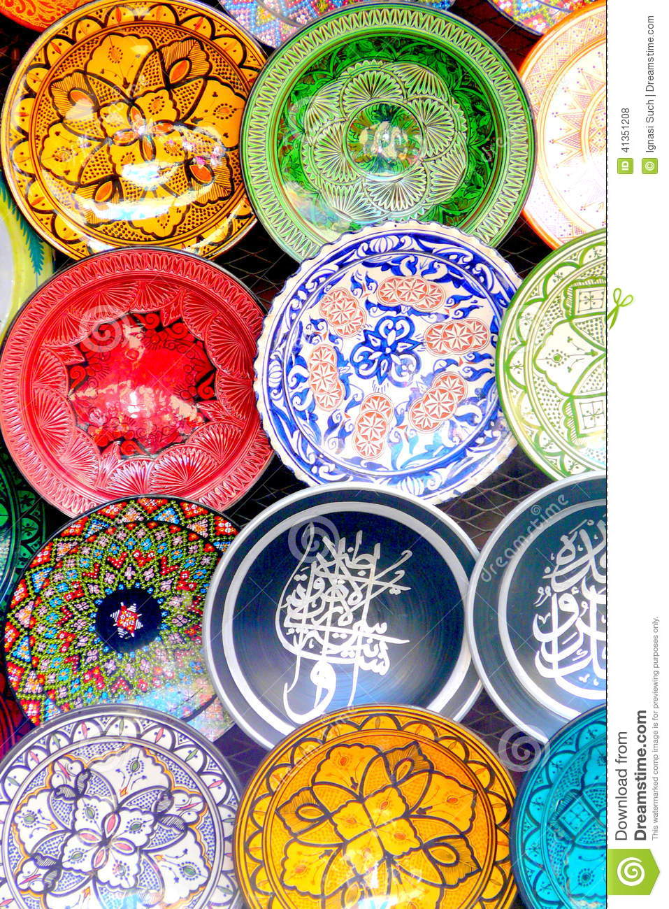 Geschirr Teller Traditional Colorful Moroccan Faience Pottery Dishes In A