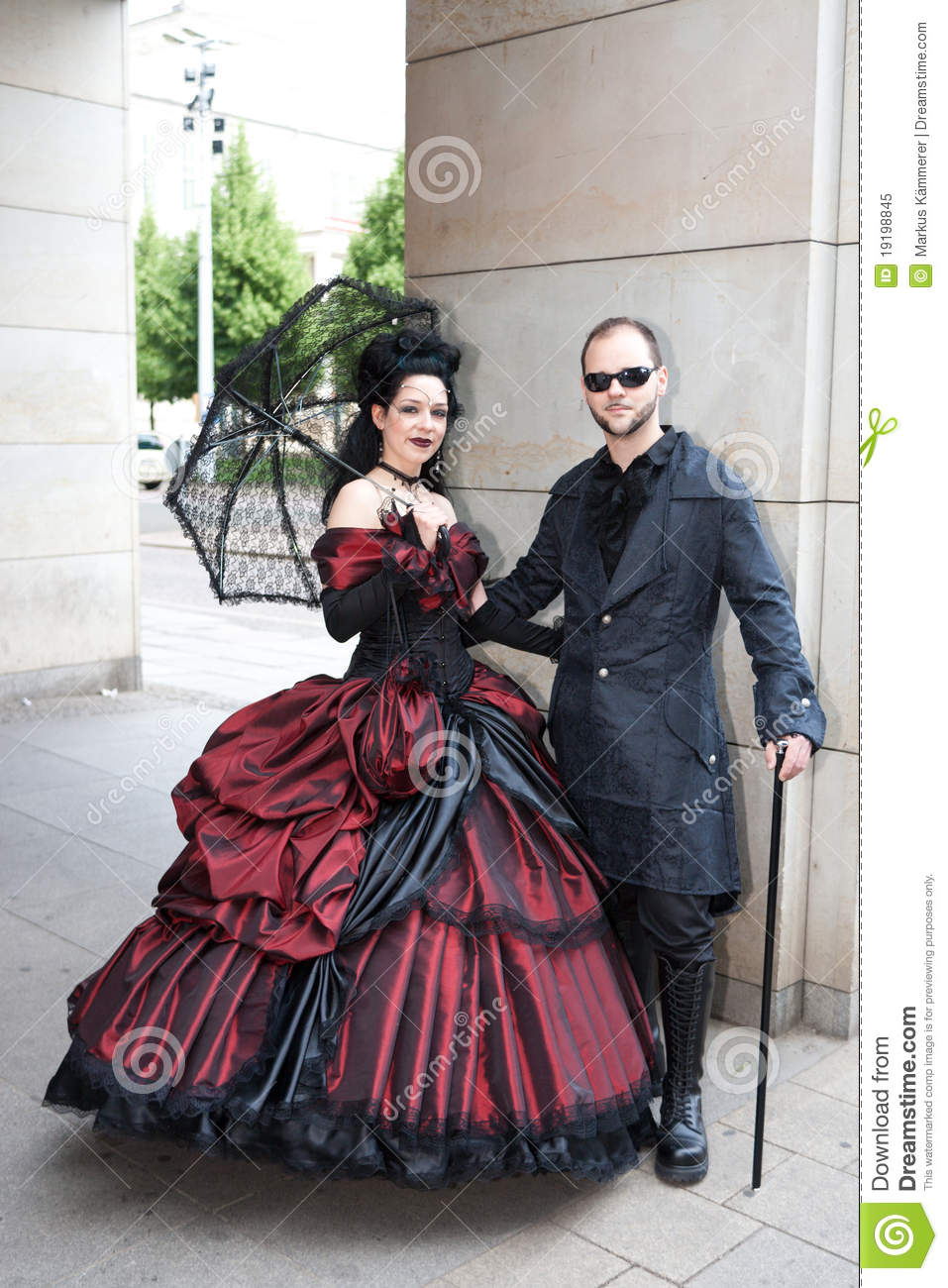 Wallpaper Emo Girl Style Traditional Couple At Wave Gotik Treffen Editorial Image
