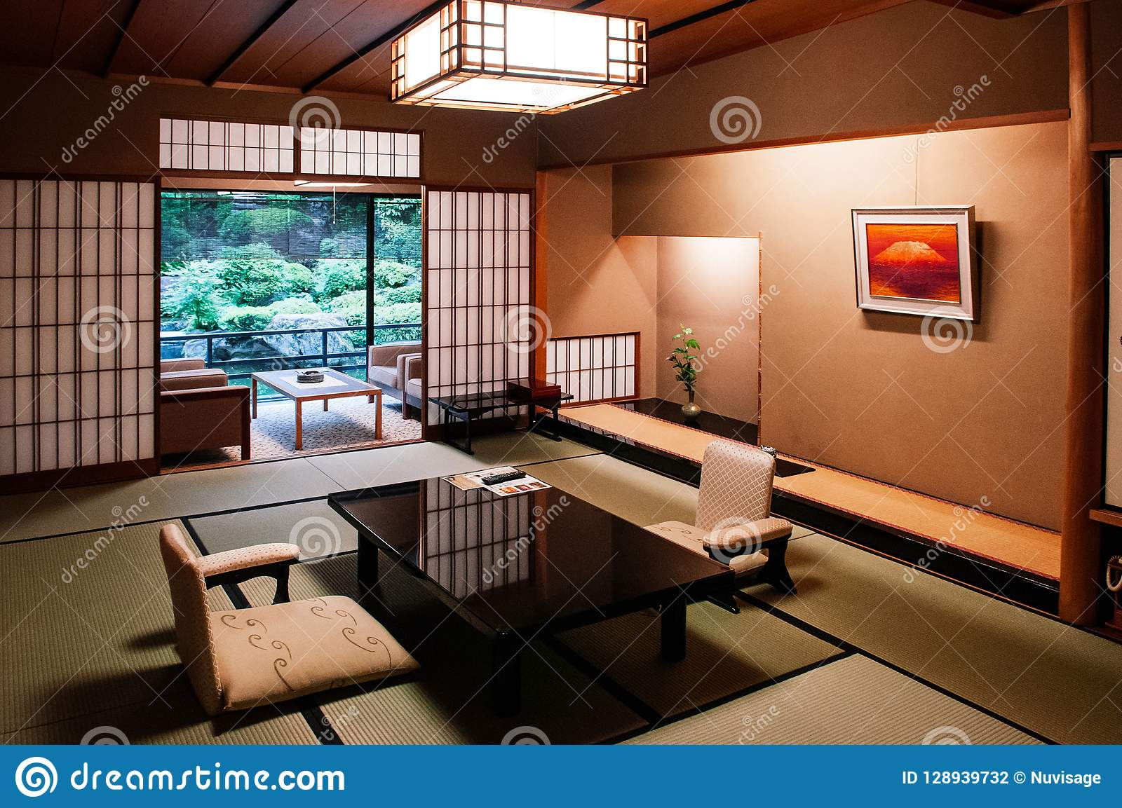 Tatami Matten Traditional Japanese Living Room Tatami Mat Floor Wood Table And