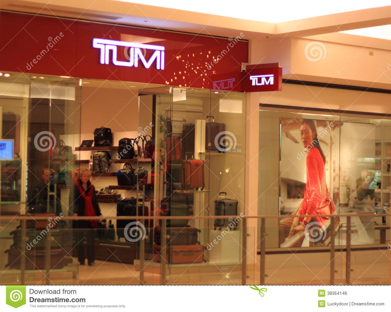 Boutique Free Tours Tumi Retail Store Editorial Photo Image 38364146