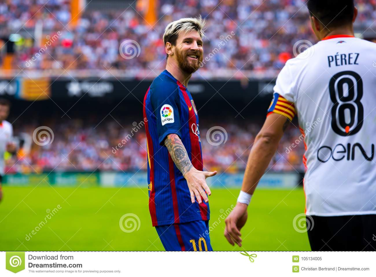 Leo Messi Leo Messi Plays At The La Liga Match Between Valencia Cf And Fc