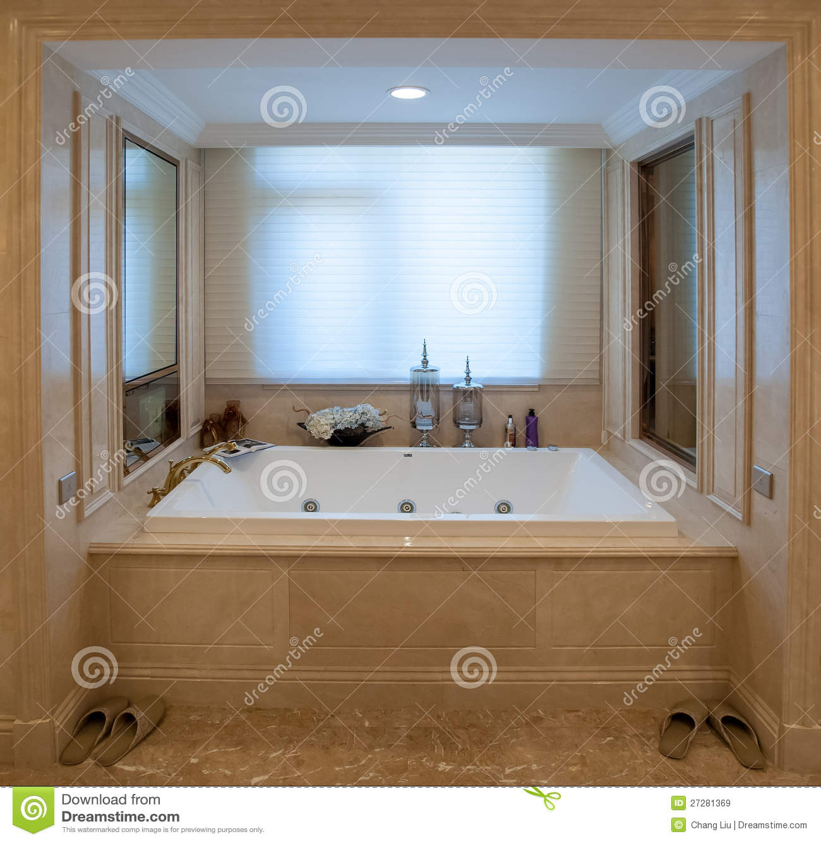 Vasca Da Bagno Quadrata.Vasca Quadrata Vasche Da Bagno Piccole Cose Di Casa
