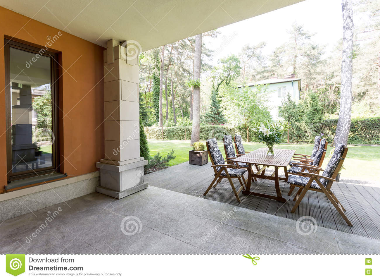 Veranda Dreams Veranda With Wooden Table And Chairs Stock Image Image Of Living