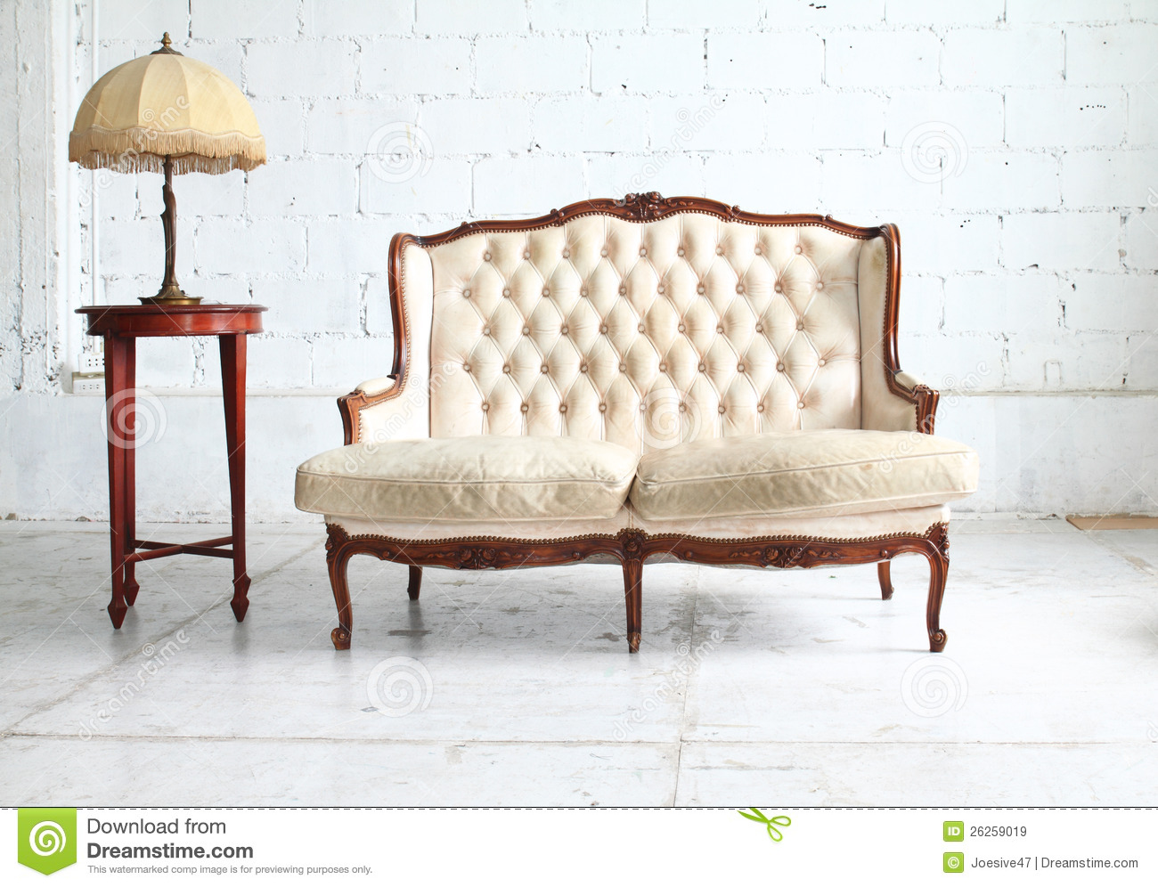 Vintage Couch Sofa Retro Xl