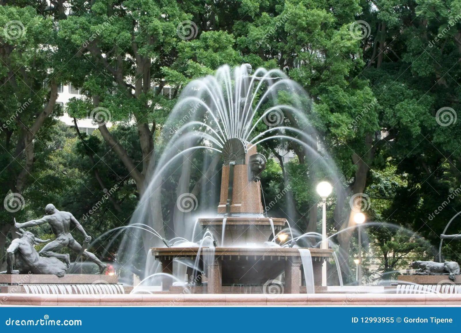Water fountain hyde park sydney australia