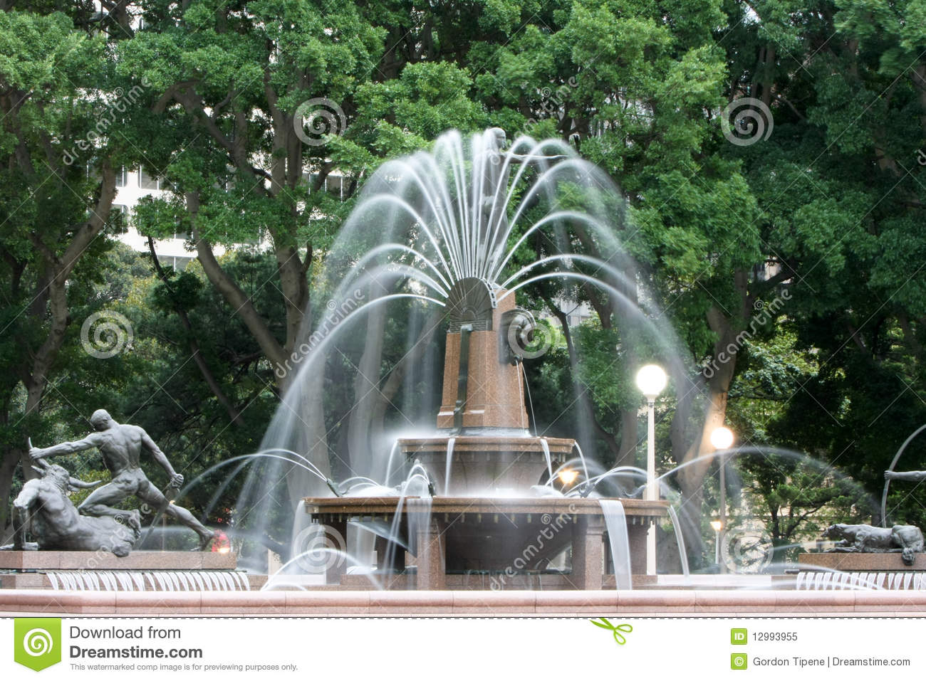 Camera Exterieur Nature Water Fountain, Hyde Park, Sydney, Australia. Royalty Free