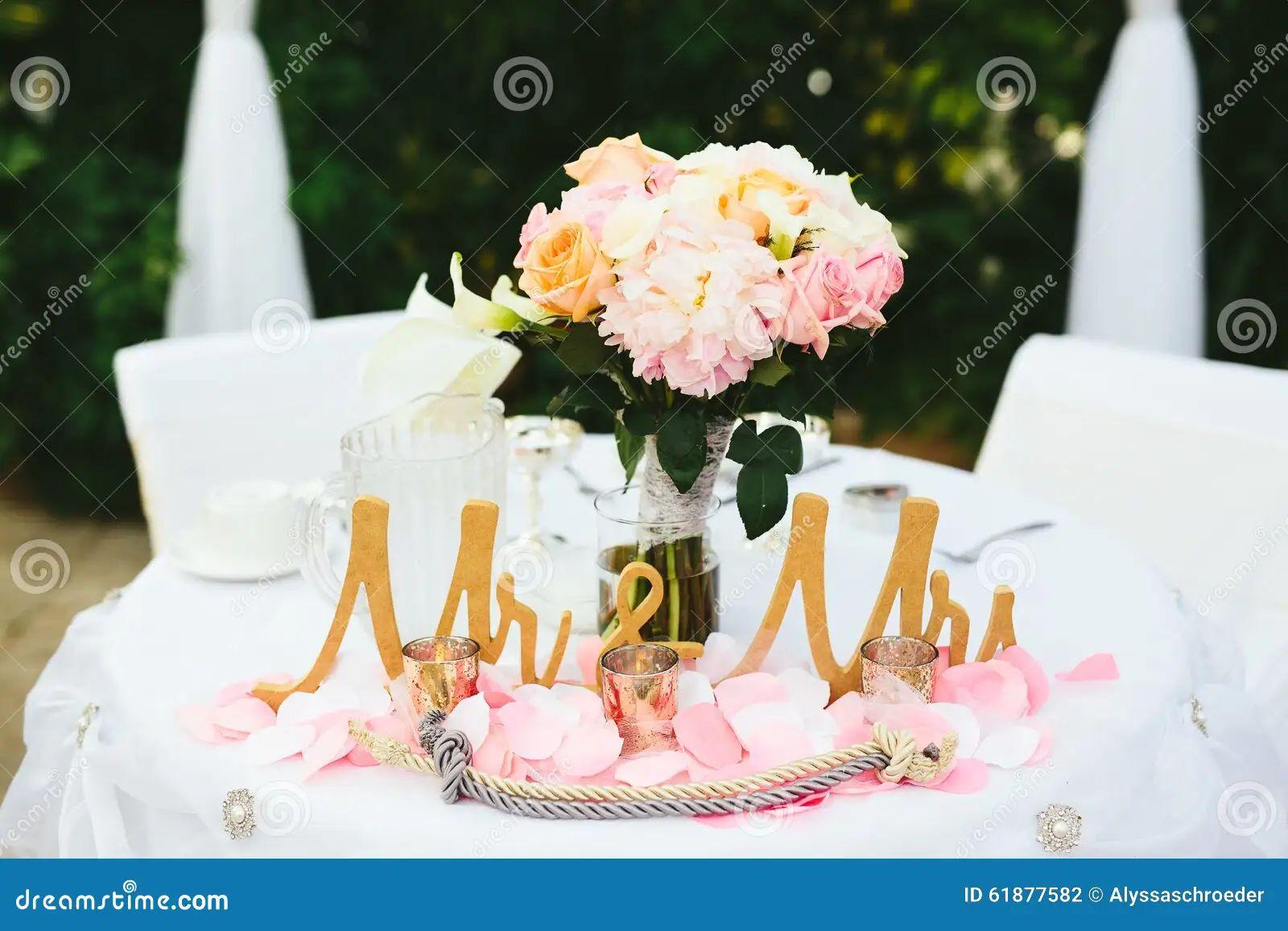 grooms table decoration ideas bride groom wedding table decorations bride groom wedding table decorations bouquet