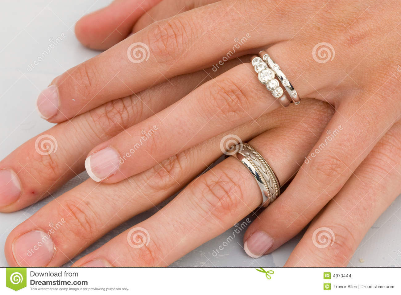 two hands wedding rings wedding rings pictures Wedding Rings on hands Stock Images