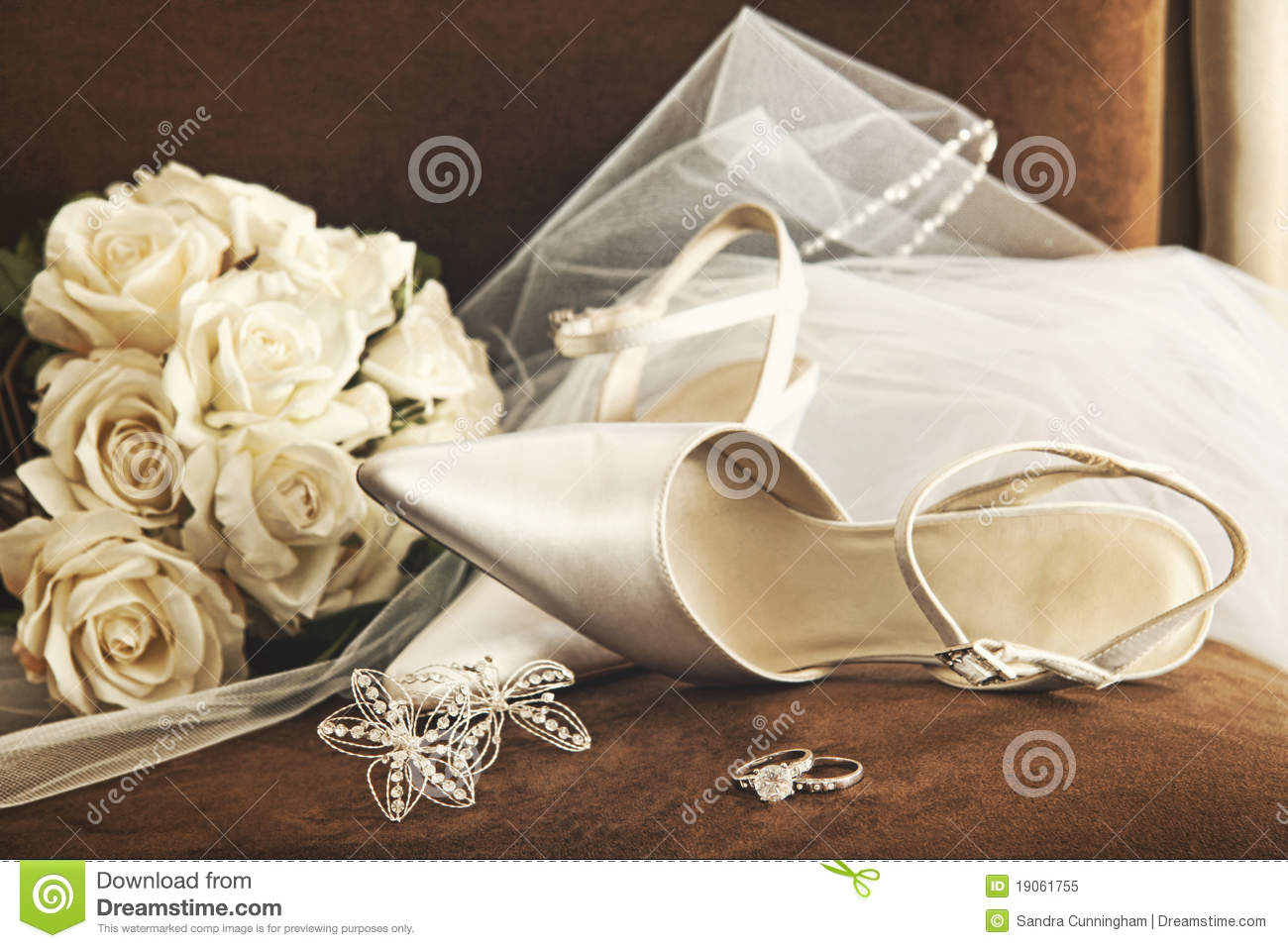 Ring Ceremony Hd Wallpaper Wedding Shoes With Bouquet Of White Roses And Ring Stock