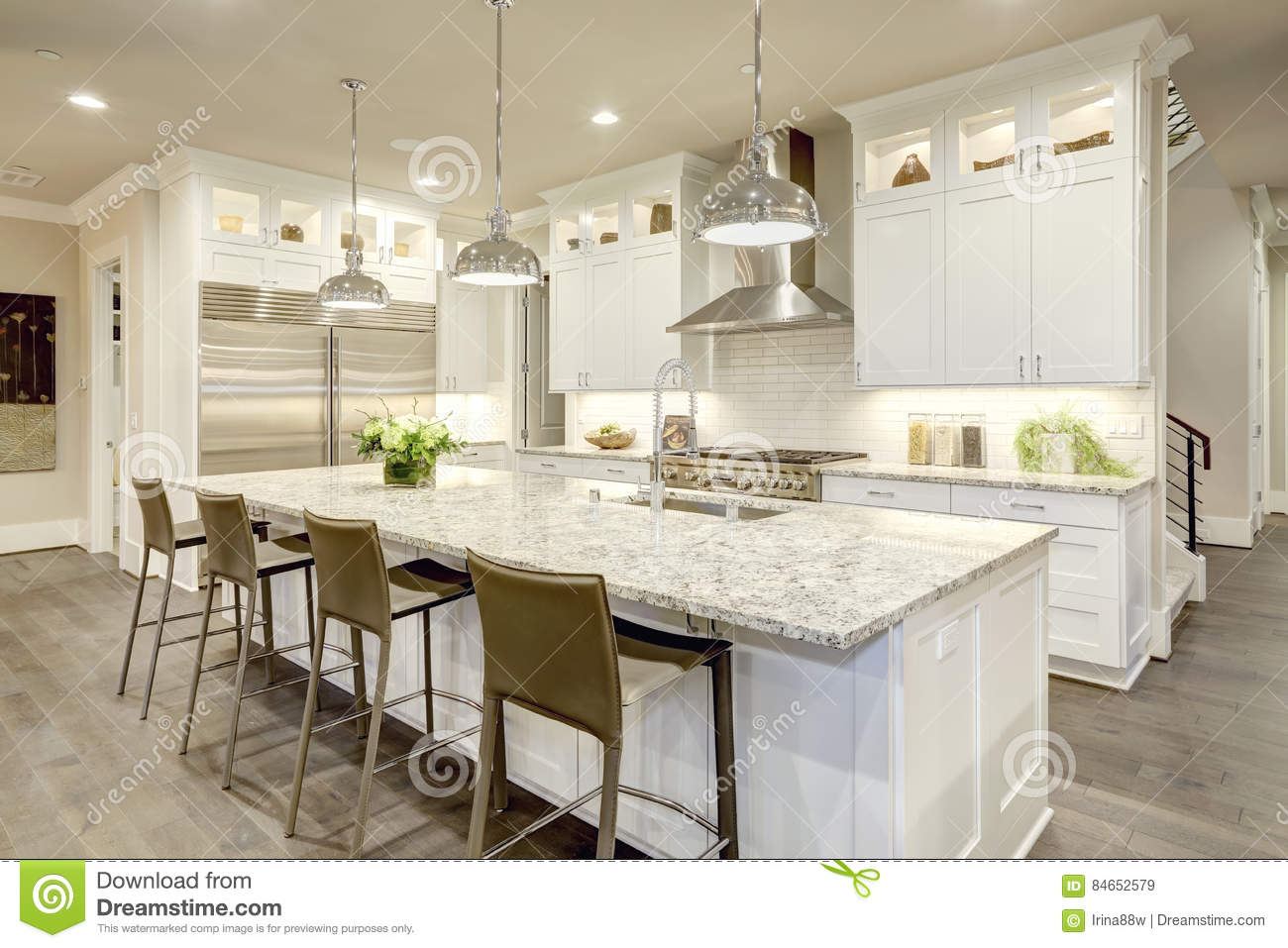 White Kitchen Design In New Luxurious Home Stock Image Image Of Design Modern 84652579