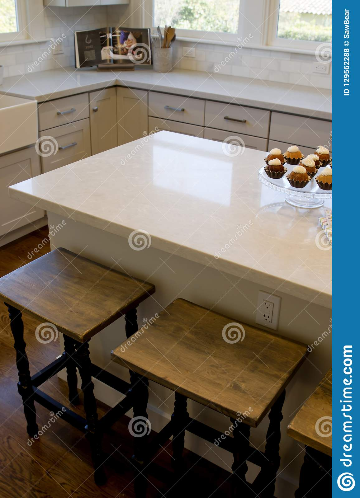 White Marble Island White Marble Kitchen Island Stock Photo Image Of Designer Floor
