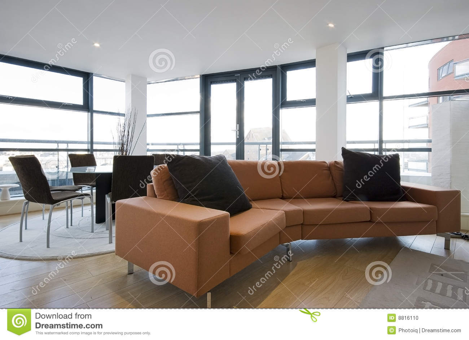 wohnzimmer orange couch