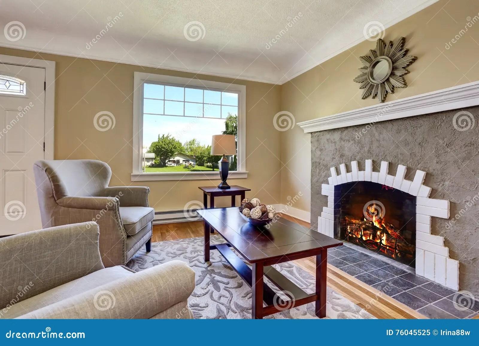 Wohnzimmer Dunkelbraune Mobel Rot Braune Mobel Entdecken Sie Alles