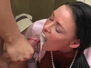 massive squirting ass