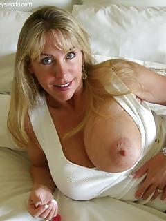 moms fondled tits