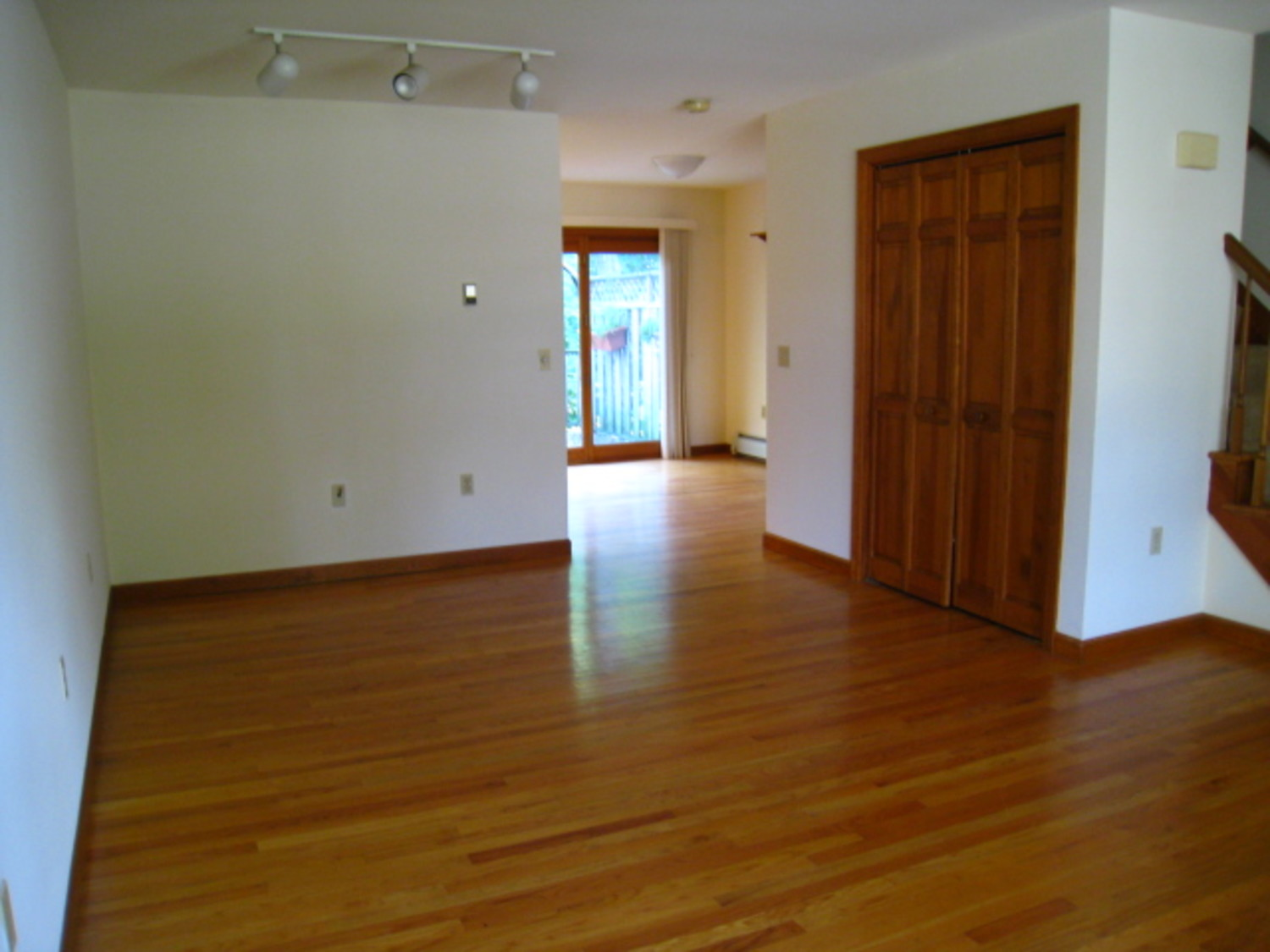 Erin street townhouses 06457 apartment rentals in middletown ct