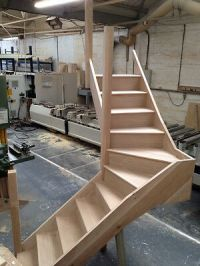 Oak Staircase with 90 Degree twist - 3 Winder - SOLID OAK ...