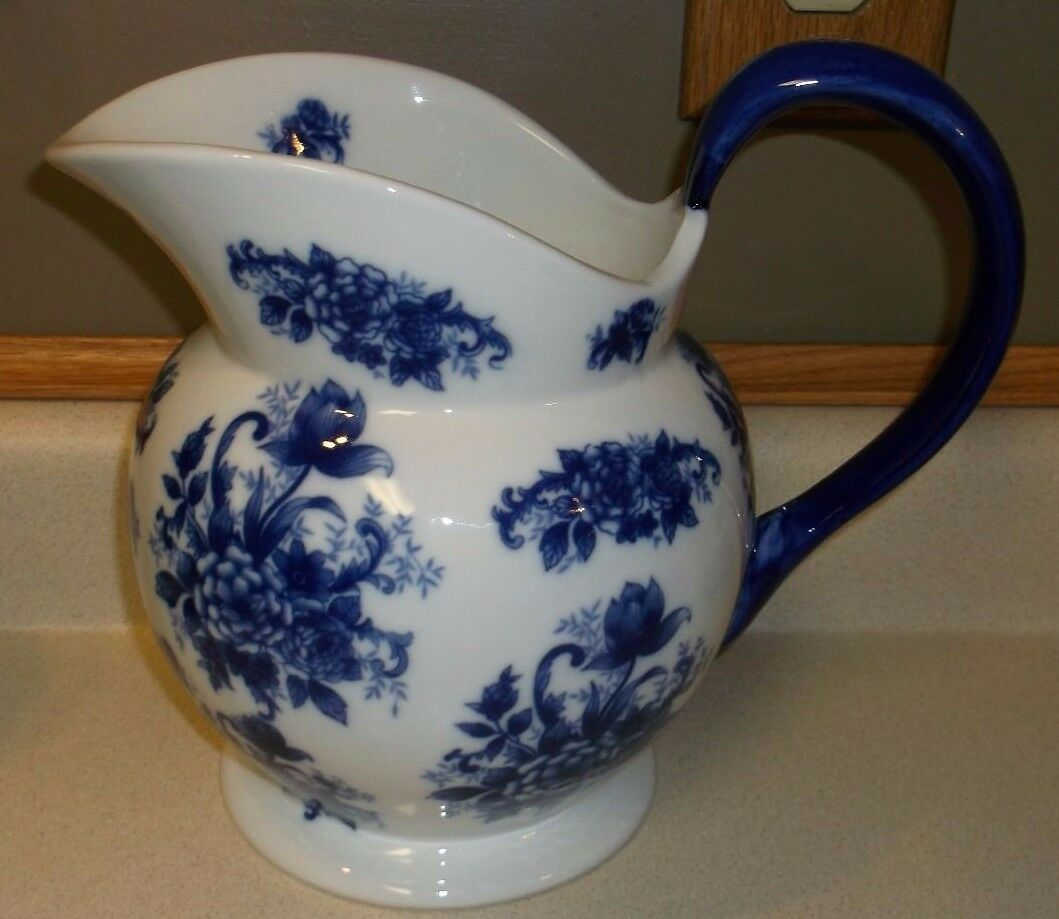 Water Pitcher Ceramic Vintage Blue And White Floral Ceramic Water Pitcher Vase
